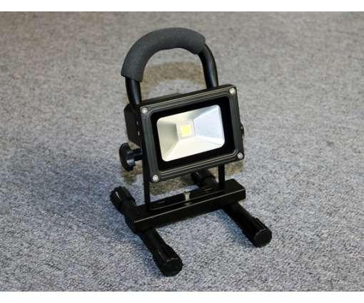 10 Watt aufladbare LED Fluter / LED Baustrahler /