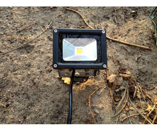 10 Watt LED-Scheinwerfer mit Erdspieß/Boden Stecke